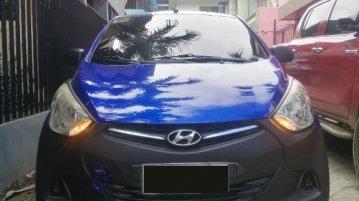 Selling Blue Hyundai Eon 2014 in Iligan