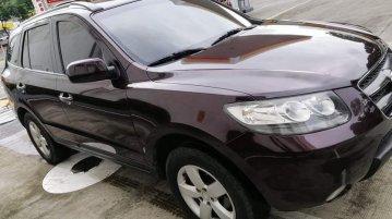 Red Hyundai Santa Fe 2009 for sale in Quezon City
