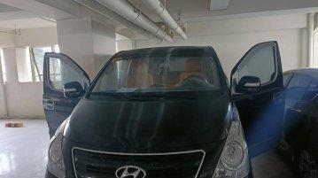 Selling Black Hyundai Grand Starex 2019 in Pasay
