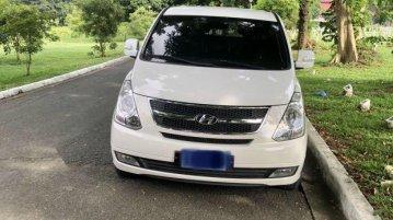 White Hyundai Starex 2015 for sale in Automatic