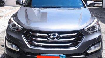 Sell Grey 2013 Hyundai Santa Fe in San Juan