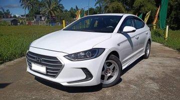 White Hyundai Elantra 2018 for sale in Manual