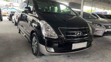 Sell Black 2017 Hyundai Starex in Quezon City