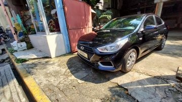 Sell Black 2020 Hyundai Accent in Manila