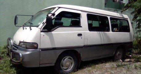 Selling White Hyundai Grace 1997 Manual Diesel at 92000 km