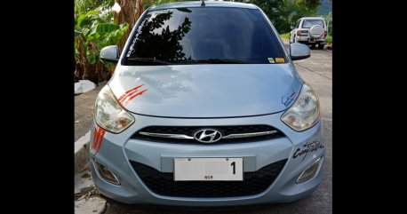 Silver Hyundai I10 2011 Hatchback at 165000 for sale in Amadeo