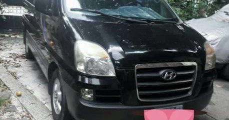 Sell Balck 2006 Hyundai Starex in Parañaque