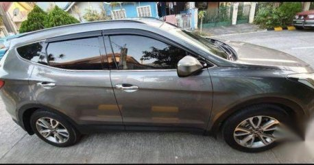 Sell Grey Hyundai Santa Fe in Bambang