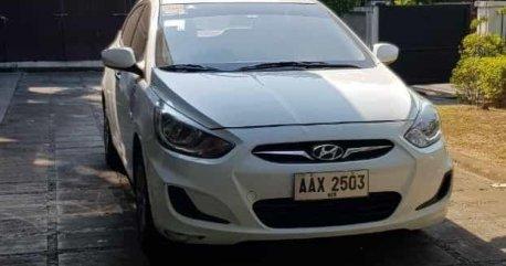 Sell White 2014 Hyundai Accent in Valenzuela