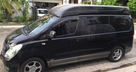 Selling Black Hyundai Starex 2009 in Manila