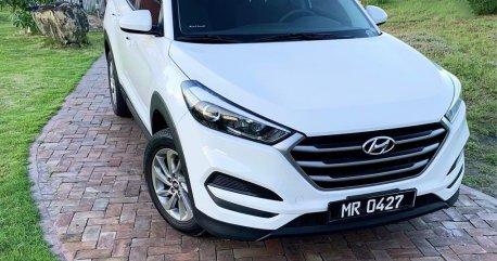 Selling White Hyundai Tucson 2016 in Pateros